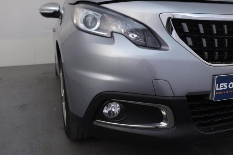 Peugeot 2008 BUSINESS 1.2 PureTech 110ch S&S BVM5 Allure Gris occasion à La Garde - photo n°8