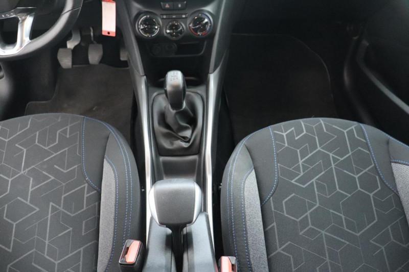 Peugeot 2008 BUSINESS 1.2 PureTech 110ch S&S BVM5 Allure Gris occasion à La Garde - photo n°11
