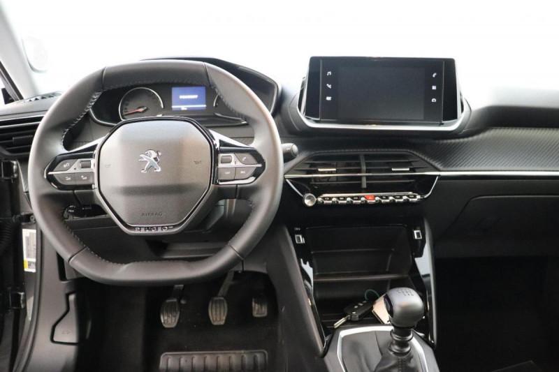 Peugeot 2008 PureTech 100 S&S BVM6 Active Gris occasion à Saint-Herblain - photo n°4