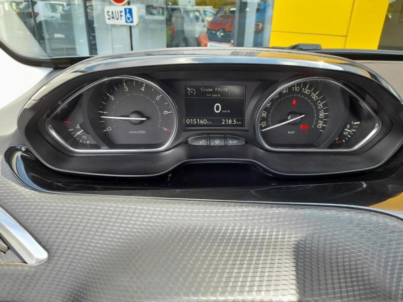 Peugeot 2008 PureTech 82ch S&S BVM5 Allure Gris occasion à LAMBALLE - photo n°11