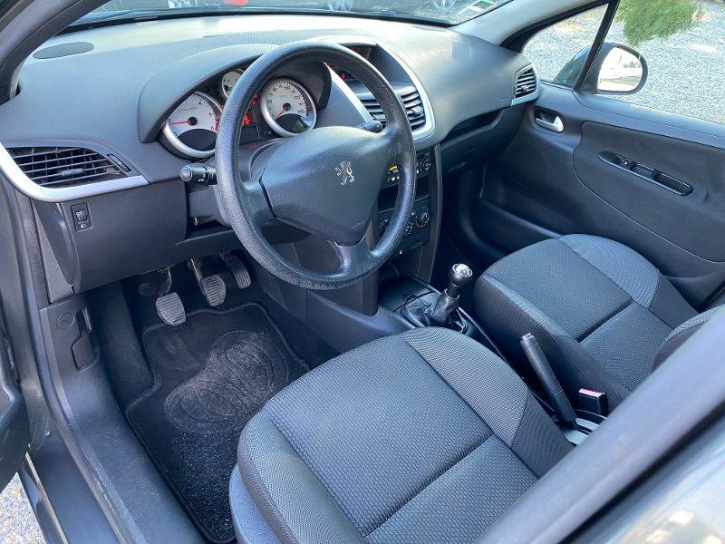Peugeot 207 1.4 HDi70 Active 5p Gris occasion à Castelmaurou - photo n°3