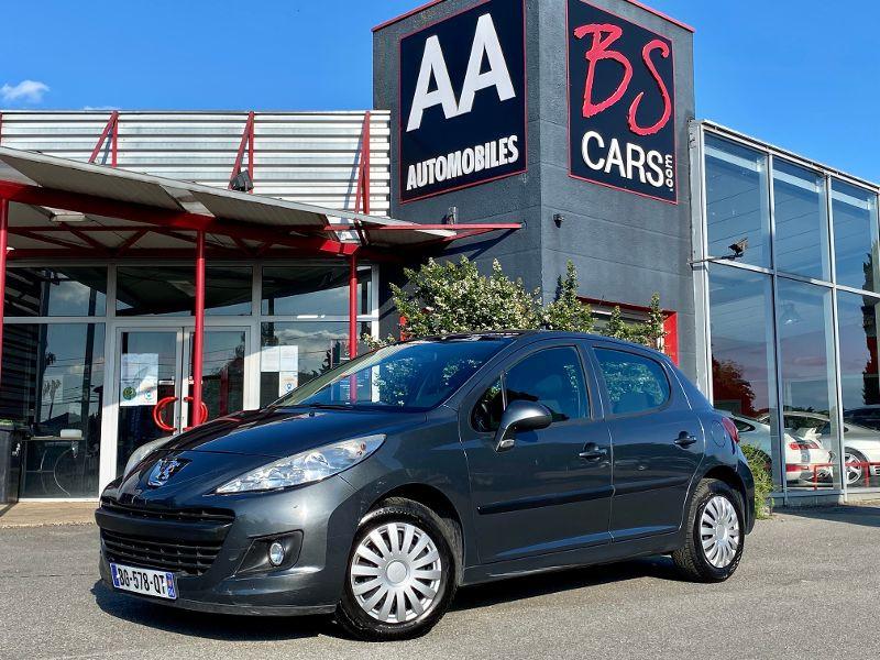 Peugeot 207 1.4 HDi70 Active 5p Gris occasion à Castelmaurou