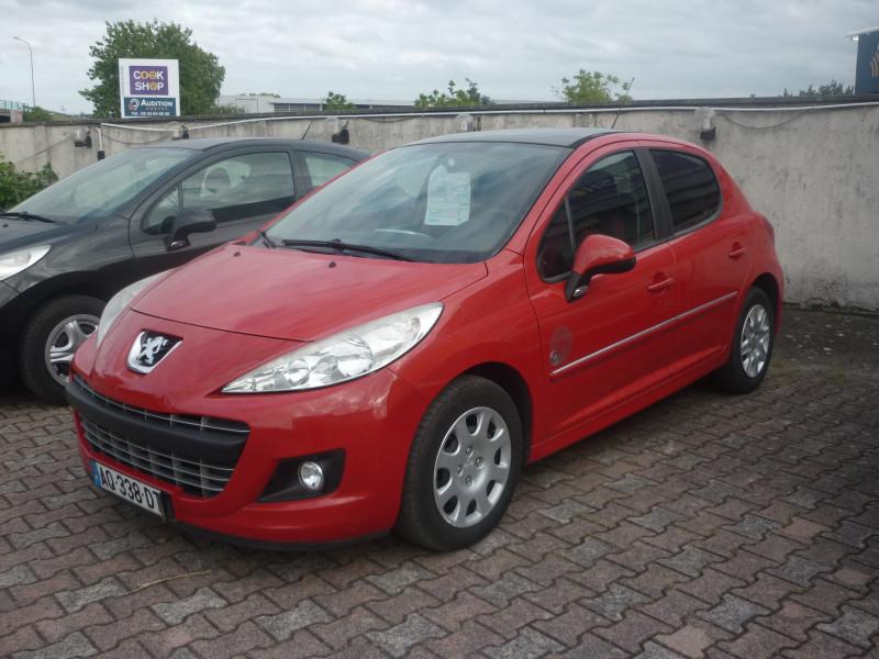 Peugeot 207 occasion 2010 mise en vente à Portet-sur-Garonne par le garage LOOK AUTOS - photo n°1