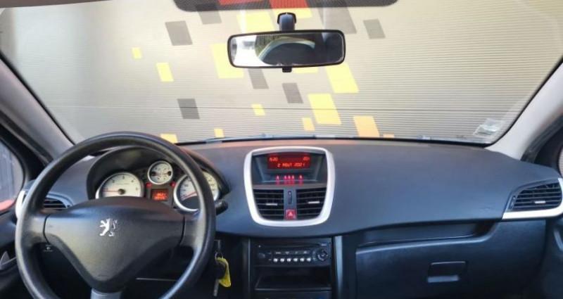 Peugeot 207 5 portes 1.4 HDi FAP 68 cv  occasion à Francin - photo n°5