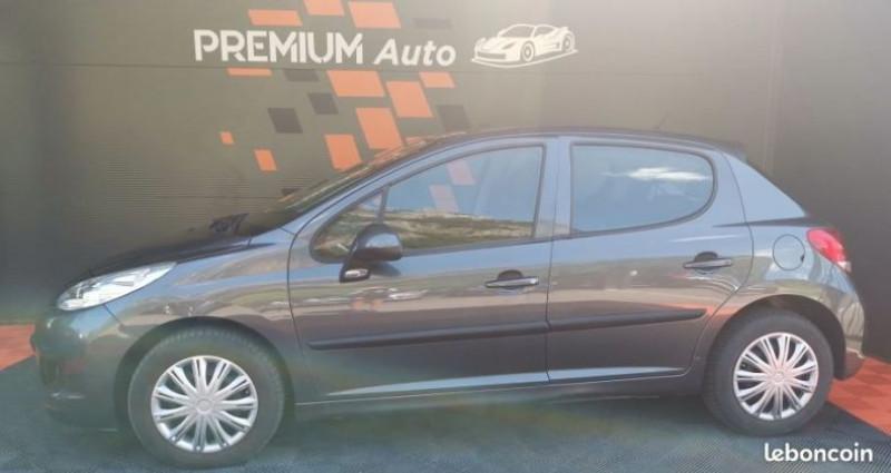 Peugeot 207 5 portes 1.4 HDi FAP 68 cv  occasion à Francin - photo n°2
