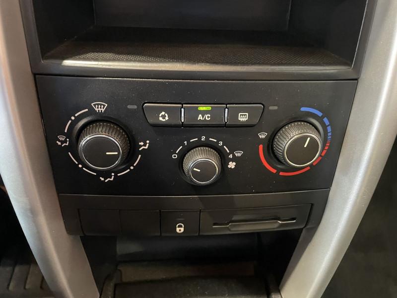 Peugeot 207+ 1.4 HDI FAP BLUE LION 5P Gris occasion à Foix - photo n°9