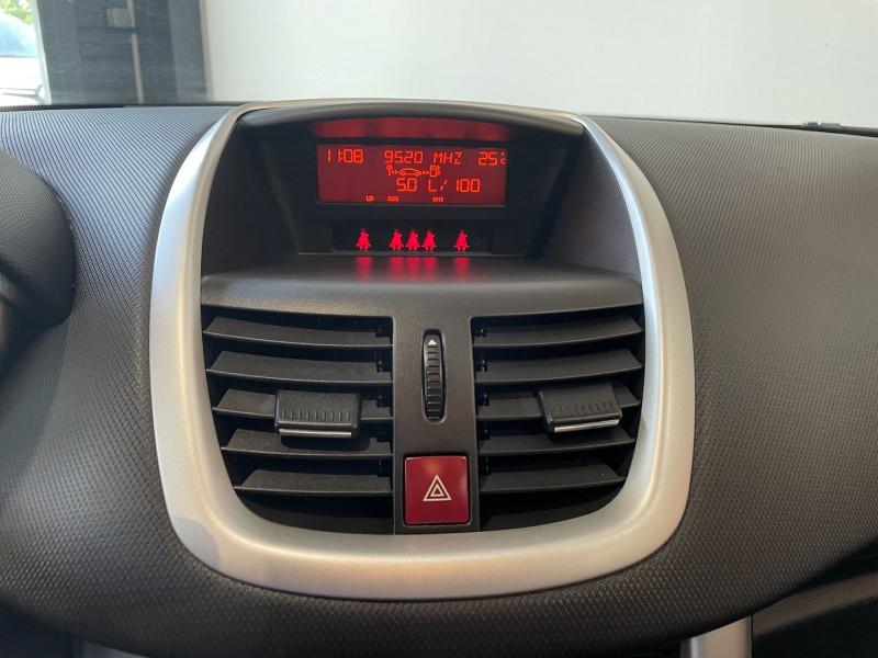 Peugeot 207+ 1.4 HDI FAP BLUE LION 5P Gris occasion à Foix - photo n°10