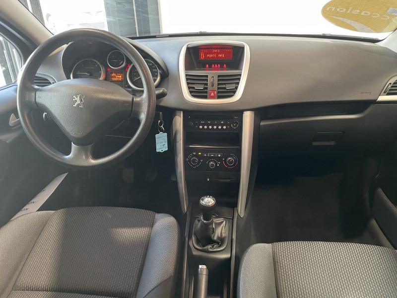Peugeot 207+ 1.4 HDI FAP BLUE LION 5P Gris occasion à Foix - photo n°5