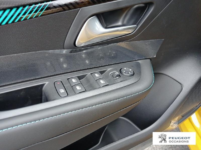 Peugeot 208 1.2 PureTech 100ch S&S Allure Pack Jaune occasion à Albi - photo n°12