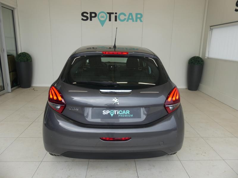 Peugeot 208 1.2 PureTech 110ch Allure S&S 5p Gris occasion à Quimperlé - photo n°5