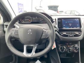 Peugeot 208 1.2 PureTech 82 CV ALLURE IMPORT JANTES ALU TITANE Bleu occasion à Biganos - photo n°2