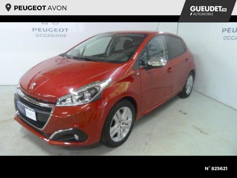 Peugeot 208 1.2 PureTech 82ch Style 5p Rouge occasion à Avon