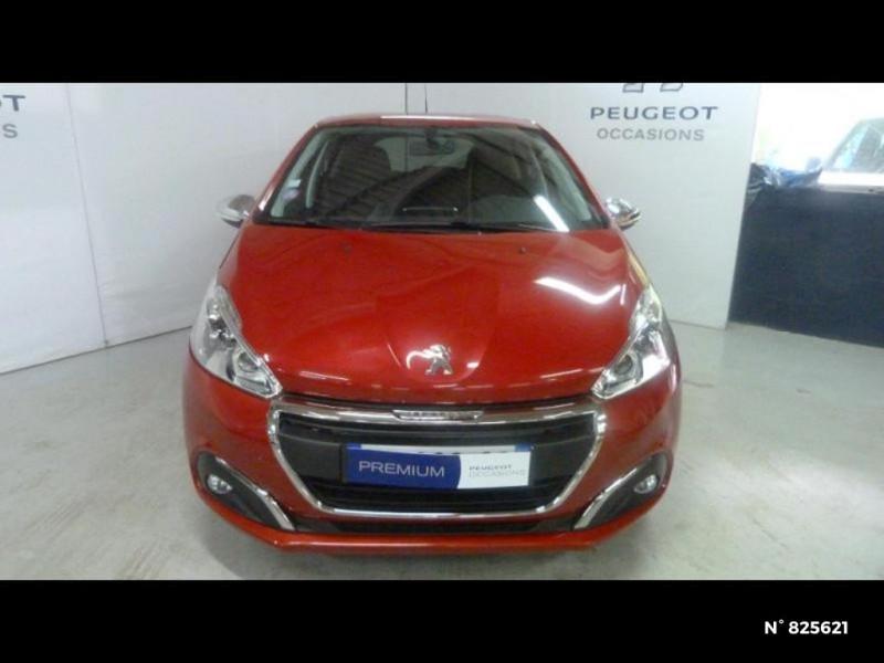 Peugeot 208 1.2 PureTech 82ch Style 5p Rouge occasion à Avon - photo n°3