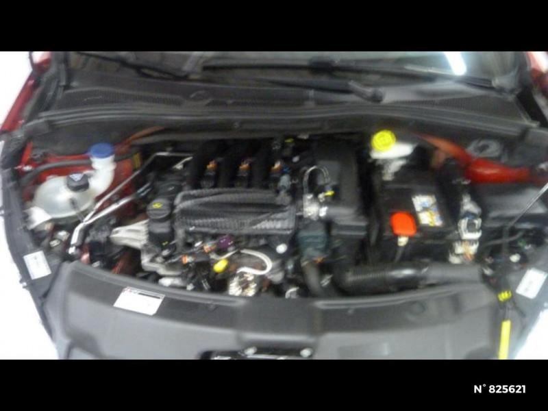 Peugeot 208 1.2 PureTech 82ch Style 5p Rouge occasion à Avon - photo n°11