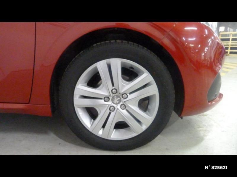Peugeot 208 1.2 PureTech 82ch Style 5p Rouge occasion à Avon - photo n°18