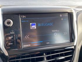 Peugeot 208 1.2 PureTech 82CV Active BLUETOOTH Gris occasion à Biganos - photo n°18