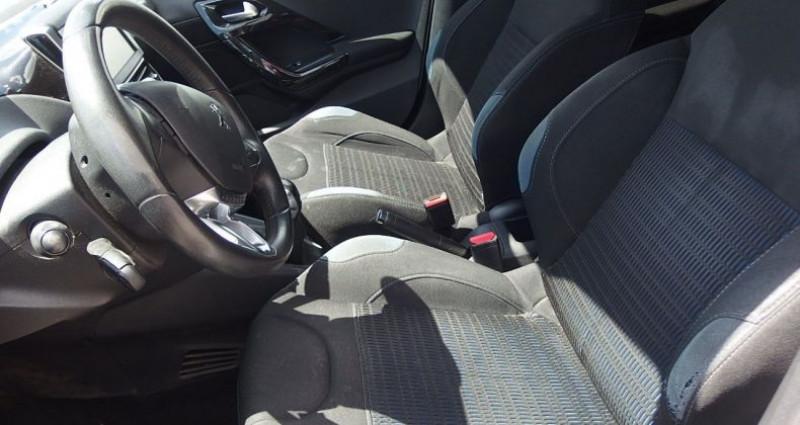 Peugeot 208 1.2 PURETECH ACTIVE 5P Blanc occasion à FONTAINE LES GRES - photo n°5