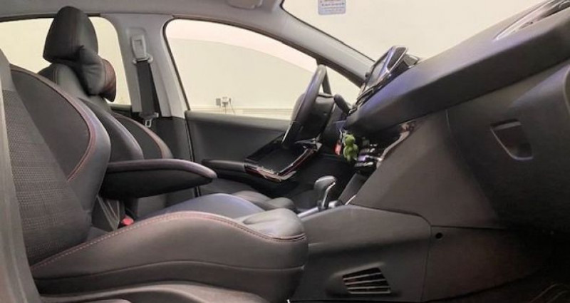 Peugeot 208 1.2 THP 110Cv GT LINE Blanc occasion à Bastia - photo n°5