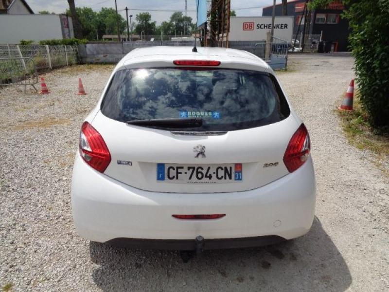 Peugeot 208 1.4 HDI FAP BUSINESS PACK 5P Blanc occasion à Aucamville - photo n°6