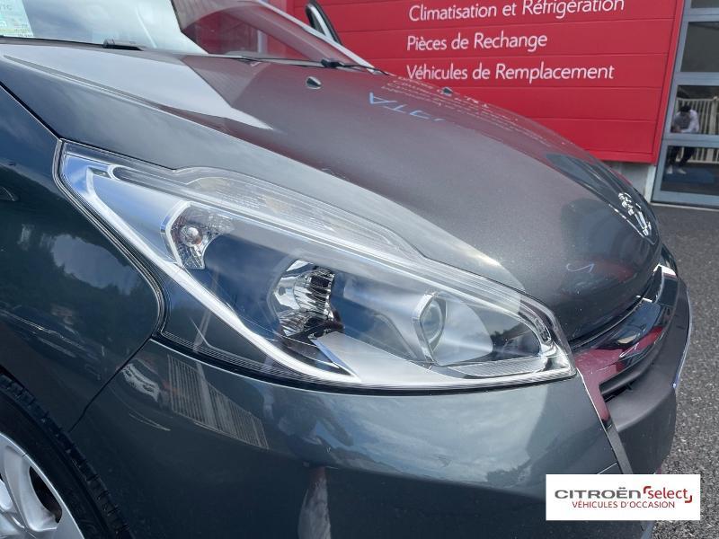 Peugeot 208 1.6 BlueHDi 100ch Active 5p Gris occasion à Figeac - photo n°18
