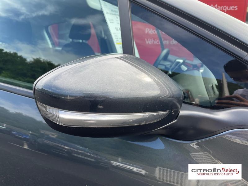 Peugeot 208 1.6 BlueHDi 100ch Active 5p Gris occasion à Figeac - photo n°17