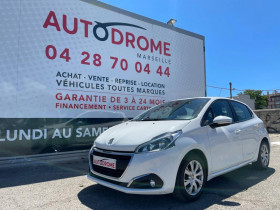 Peugeot 208 Blanc, garage AUTODROME à Marseille 10