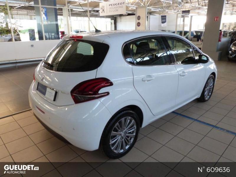 Peugeot 208 1.6 BlueHDi 100ch Allure 5p Blanc occasion à Meaux - photo n°5
