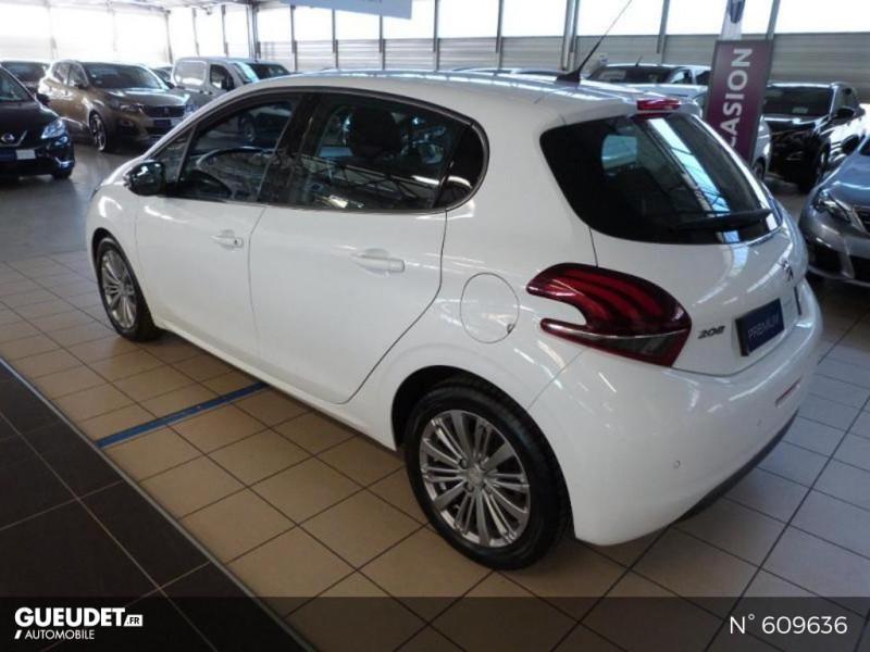 Peugeot 208 1.6 BlueHDi 100ch Allure 5p Blanc occasion à Meaux - photo n°15
