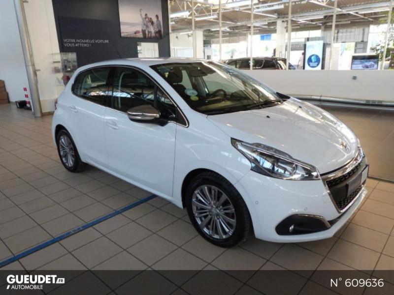 Peugeot 208 1.6 BlueHDi 100ch Allure 5p Blanc occasion à Meaux - photo n°2