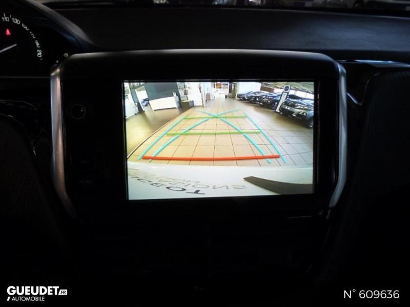 Peugeot 208 1.6 BlueHDi 100ch Allure 5p Blanc occasion à Meaux - photo n°12