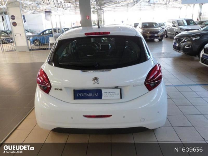Peugeot 208 1.6 BlueHDi 100ch Allure 5p Blanc occasion à Meaux - photo n°6