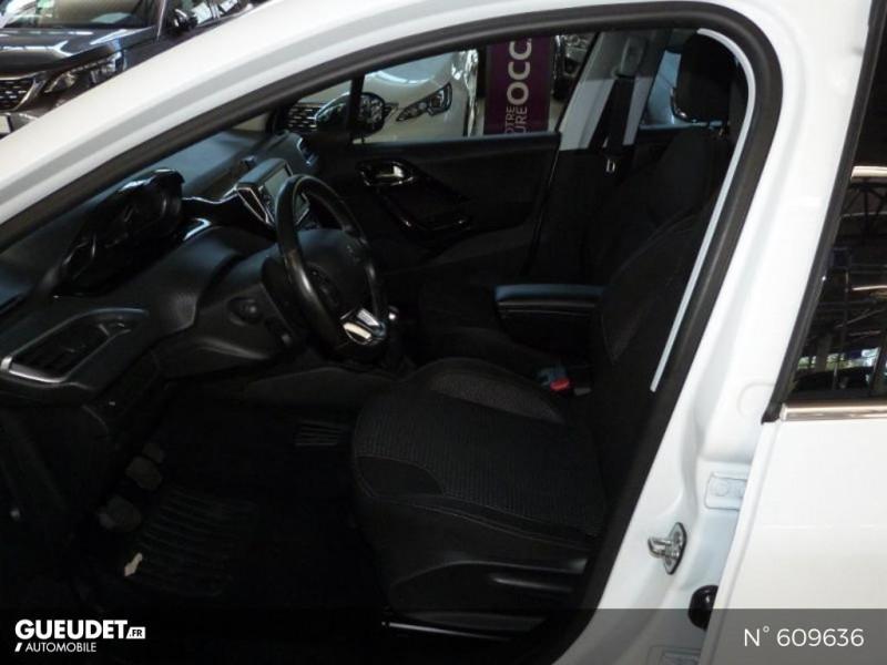 Peugeot 208 1.6 BlueHDi 100ch Allure 5p Blanc occasion à Meaux - photo n°10