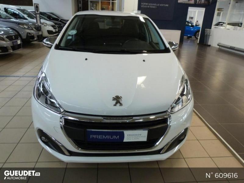 Peugeot 208 1.6 BlueHDi 75ch Business S&S 5p Blanc occasion à Meaux - photo n°3