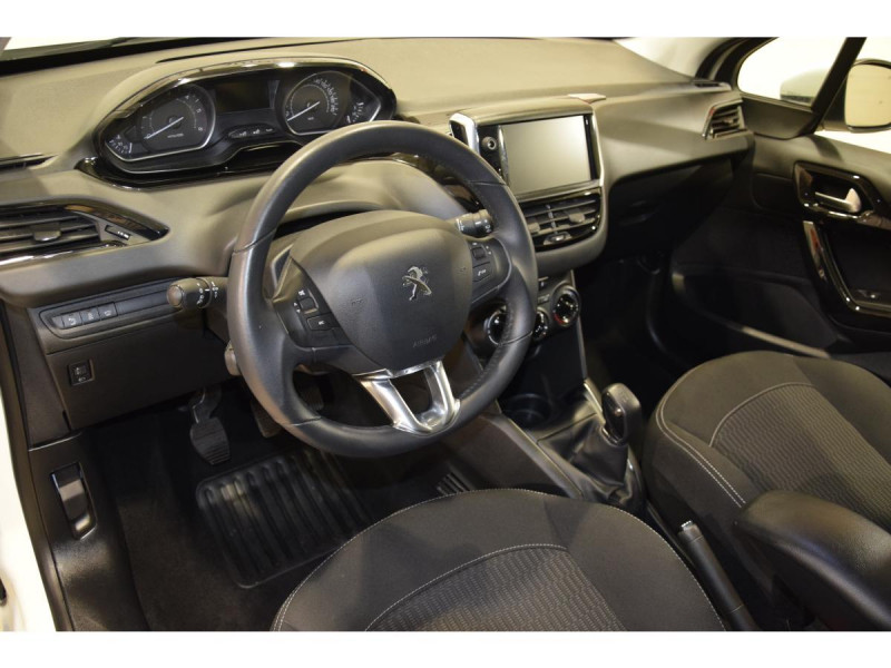 Peugeot 208 1.6 BlueHDi S&S - 100  BERLINE Active Business PHASE 2 Blanc occasion à Riorges - photo n°10