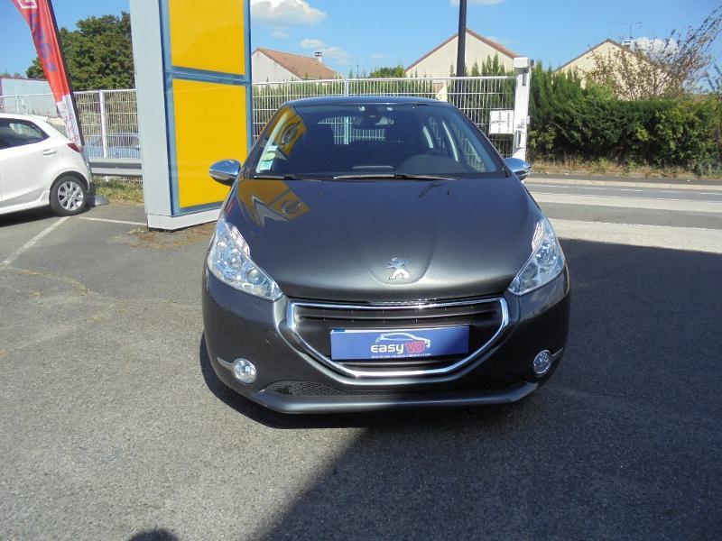 Peugeot 208 1.6 e-HDi FAP Business Pack 4cv 5p Gris occasion à Corbeil-Essonnes - photo n°2