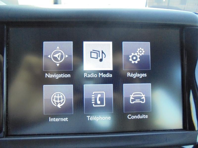 Peugeot 208 1.6 e-HDi FAP Business Pack 4cv 5p Gris occasion à Corbeil-Essonnes - photo n°19