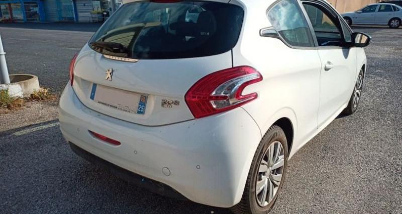 Peugeot 208 208, 1.6 HDI Style Blanc occasion à PERPIGNAN - photo n°2