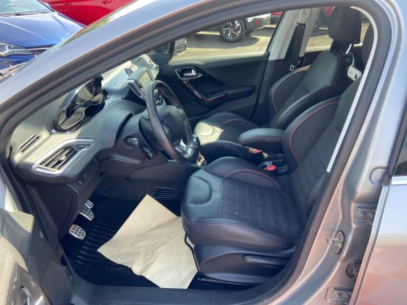 Peugeot 208 BlueHDi 100 GT LINE GPS Caméra Gris occasion à Montauban - photo n°3