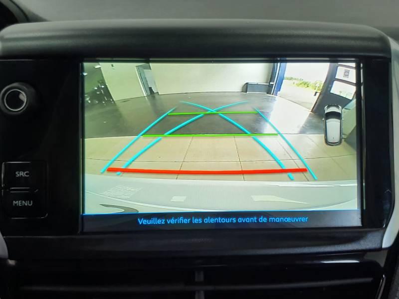 Peugeot 208 BlueHDi 100ch S&S BVM5 Allure Blanc occasion à Saint-Pierre-du-Mont - photo n°14