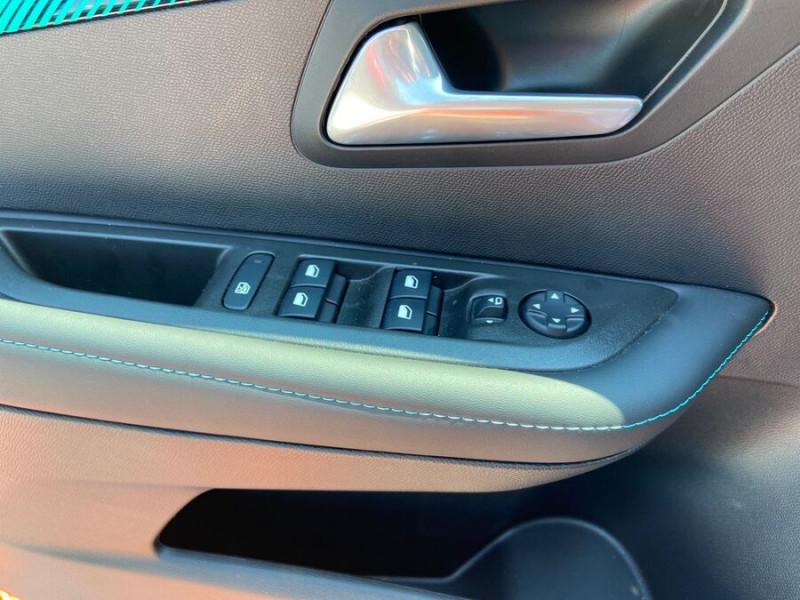 Peugeot 208 ELECTRIQUE 136 ALLURE Gris occasion à Lescure-d'Albigeois - photo n°20