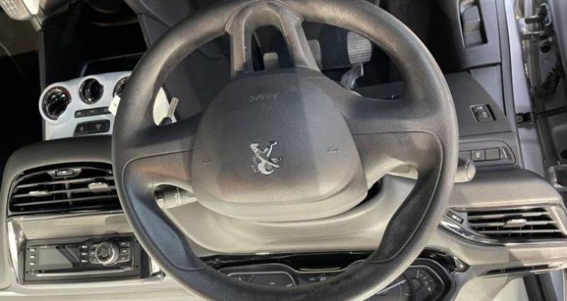 Peugeot 208 PureTech 68ch BVM5 Like Gris occasion à LADOIX-SERRIGNY - photo n°5