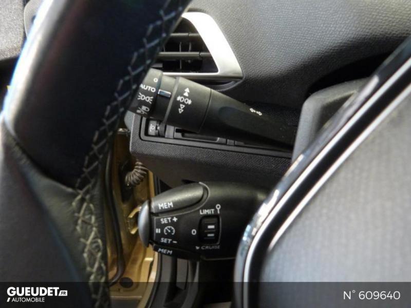 Peugeot 3008 1.5 BlueHDi 130ch E6.c Crossway S&S Beige occasion à Meaux - photo n°19