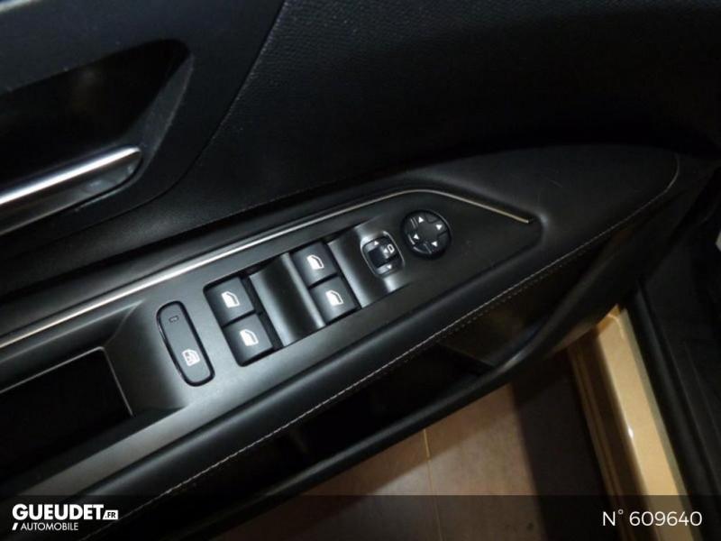Peugeot 3008 1.5 BlueHDi 130ch E6.c Crossway S&S Beige occasion à Meaux - photo n°18