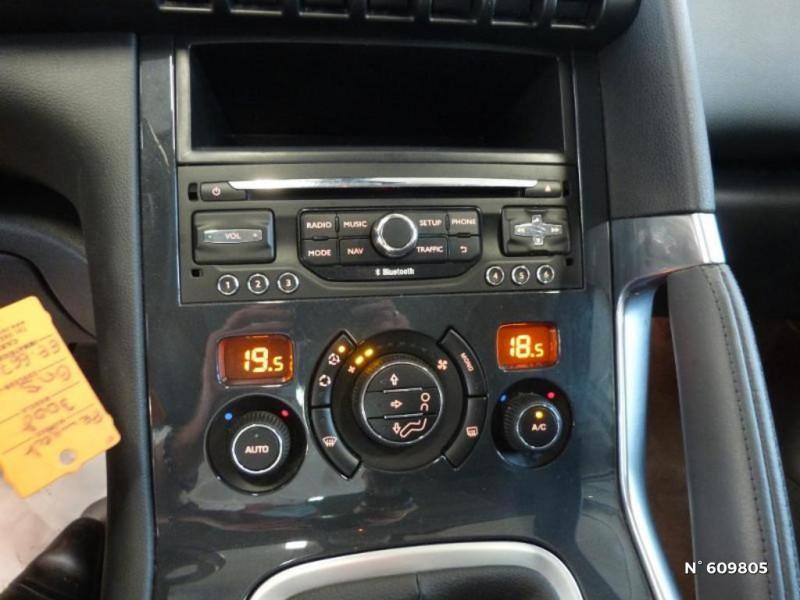 Peugeot 3008 1.6 BlueHDi 120ch Allure S&S Gris occasion à Meaux - photo n°20