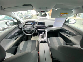 Peugeot 3008 130CV EAT6 E-THP ALLURE  occasion à Biganos - photo n°2