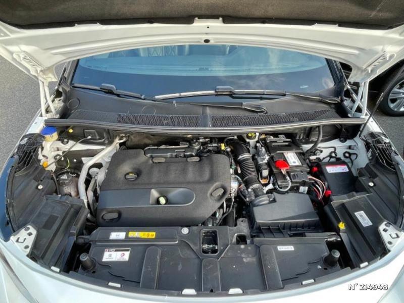 Peugeot 3008 2.0 BlueHDi 180ch GT S&S EAT6 Blanc occasion à Corbeil-Essonnes - photo n°11