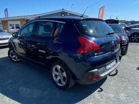 Peugeot 3008 3008 1.6 HDI 16V 112CH ACTIVE Gris occasion à Biganos - photo n°3