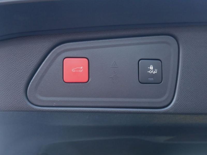 Peugeot 3008 BlueHDi 130 EAT8 ALLURE Hayon Barres Drive Assist Blanc occasion à Carcassonne - photo n°12