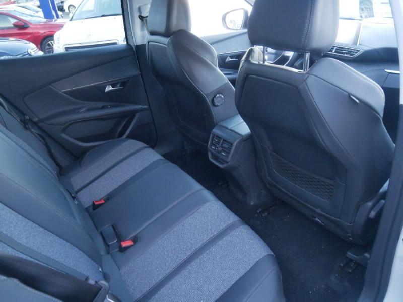 Peugeot 3008 BlueHDi 130 EAT8 ALLURE Hayon Barres Drive Assist Blanc occasion à Carcassonne - photo n°14