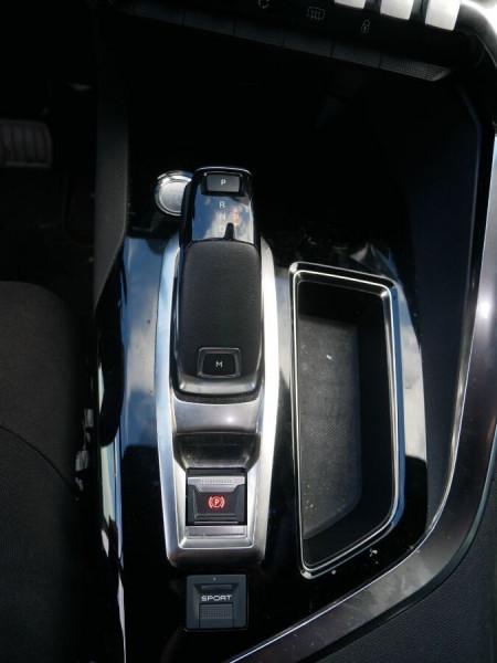 Peugeot 3008 BlueHDi 130 EAT8 GT Line Hayon Barres Toit Gris occasion à Lescure-d'Albigeois - photo n°14